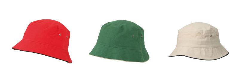 Cappello con bordo in contrasto