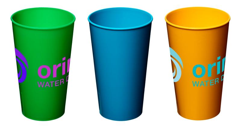 Bicchiere in plastica da 375 ml.